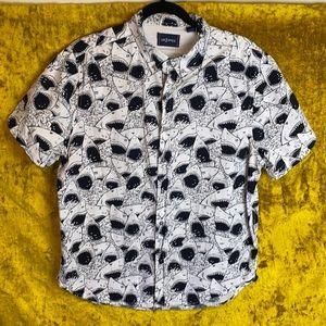 Unzipped Black White Shark Print Button Shirt szL